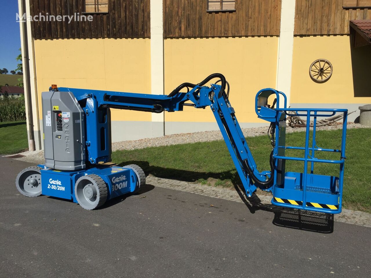 new GENIE Z30/20N RJ articulated boom lift