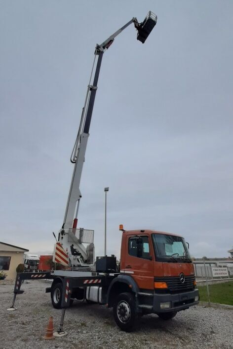 MERCEDES-BENZ Atego 1828 bucket truck
