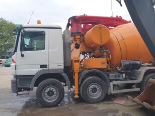 Cifa 28m+9m3 on chassis MERCEDES-BENZ Actros 3244 8x4 CIFA 28m+9m3 mixer-pump, very nice pump concrete pump