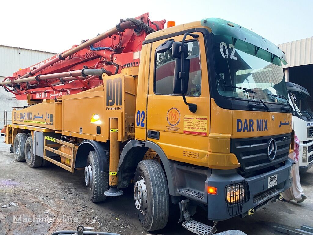 Putzmeister 42 on chassis MERCEDES-BENZ Actros 4140 concrete pump