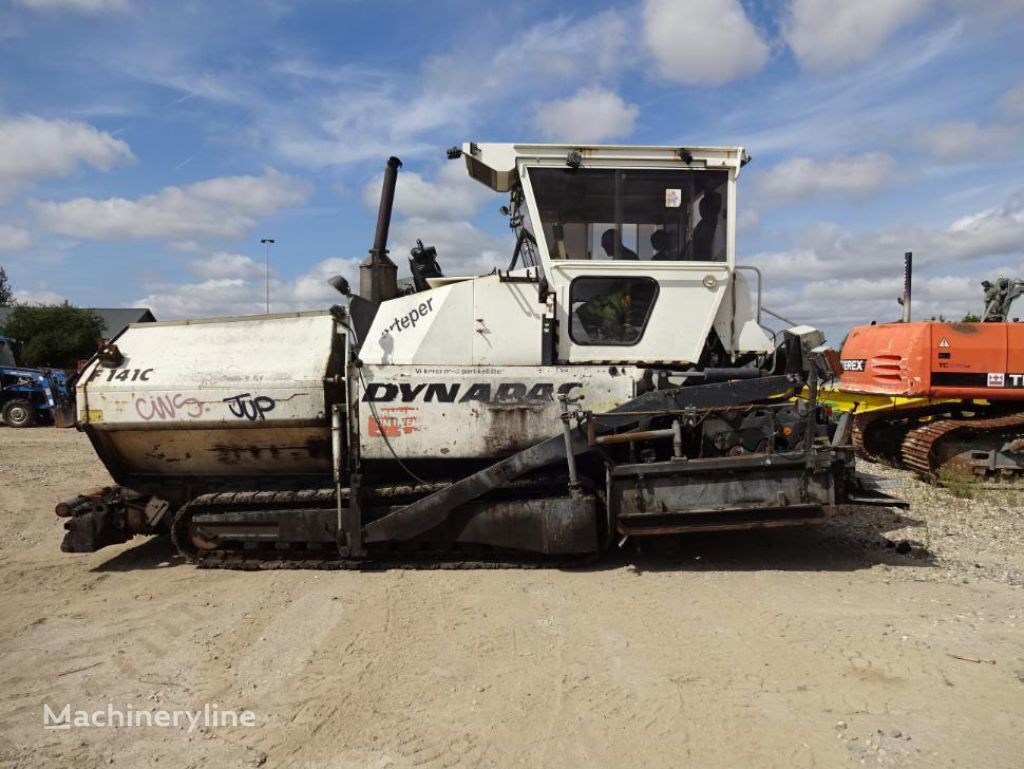 DYNAPAC F 141 C crawler asphalt paver