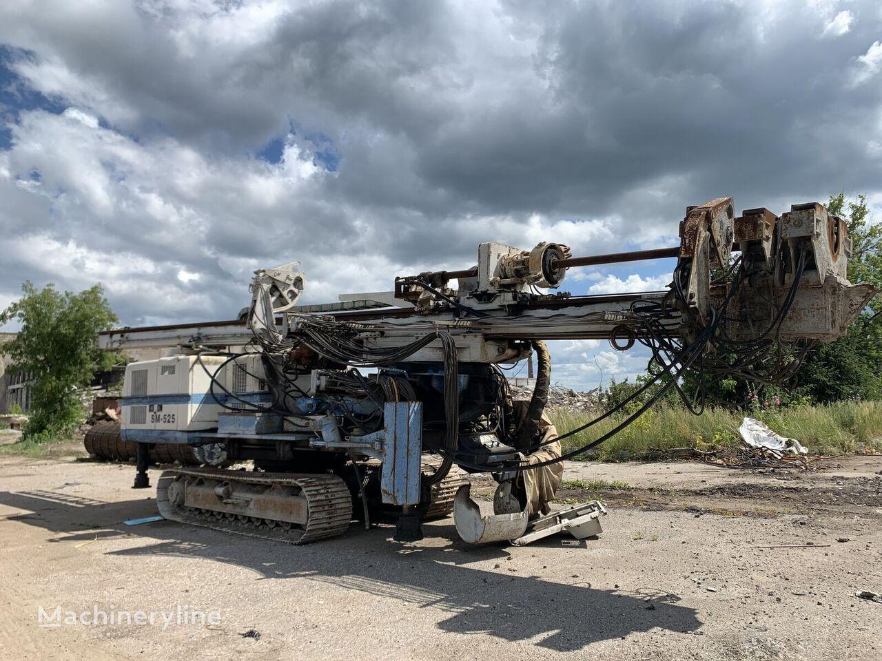 SOILMEC SM-525 drilling rig