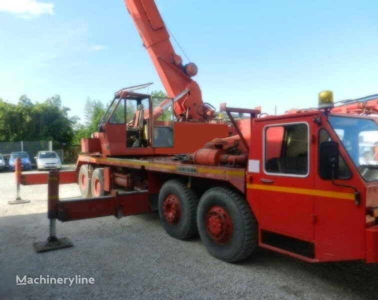 LIEBHERR LT 1050 mobile crane