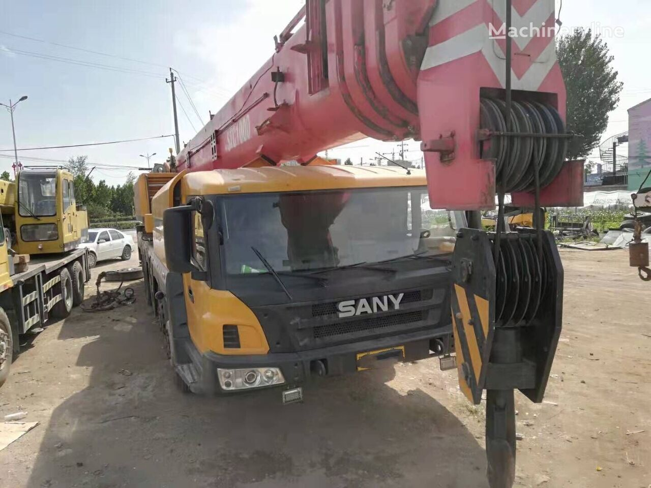 ZOOMLION-MAZ  on chassis SANY STC1000 mobile crane