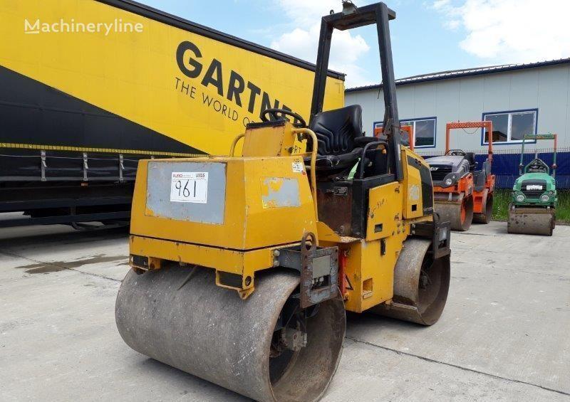 JCB  VMT280 road roller