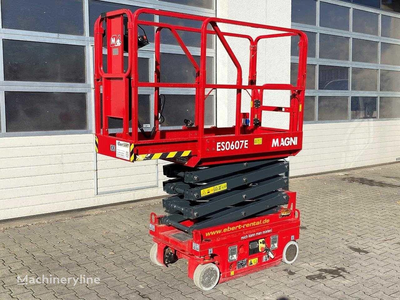new MAGNI ES0607E Scherenbühne // 5.6m Arbeitshöhe scissor lift