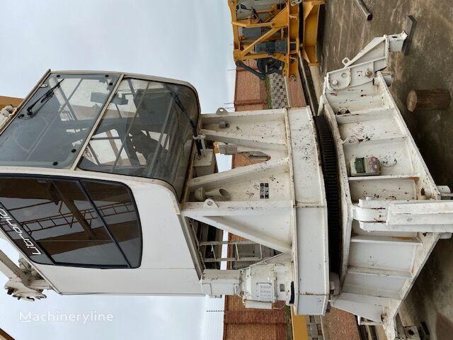 LIEBHERR 280EC-H16 tower crane