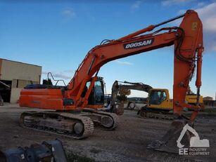 DOOSAN DX 300 LC-3 tracked excavator