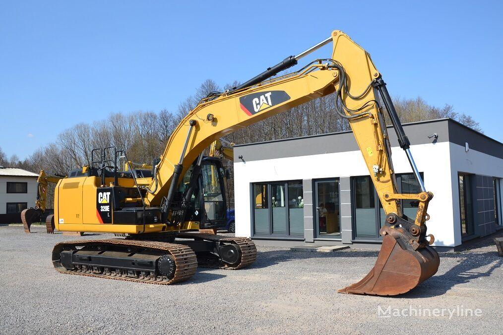 CATERPILLAR 320 E tracked excavator