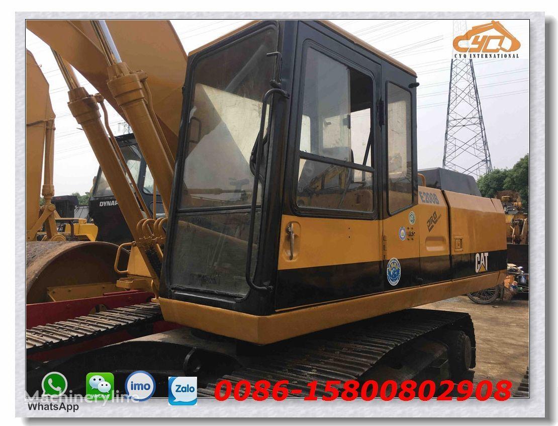 CATERPILLAR E200B tracked excavator