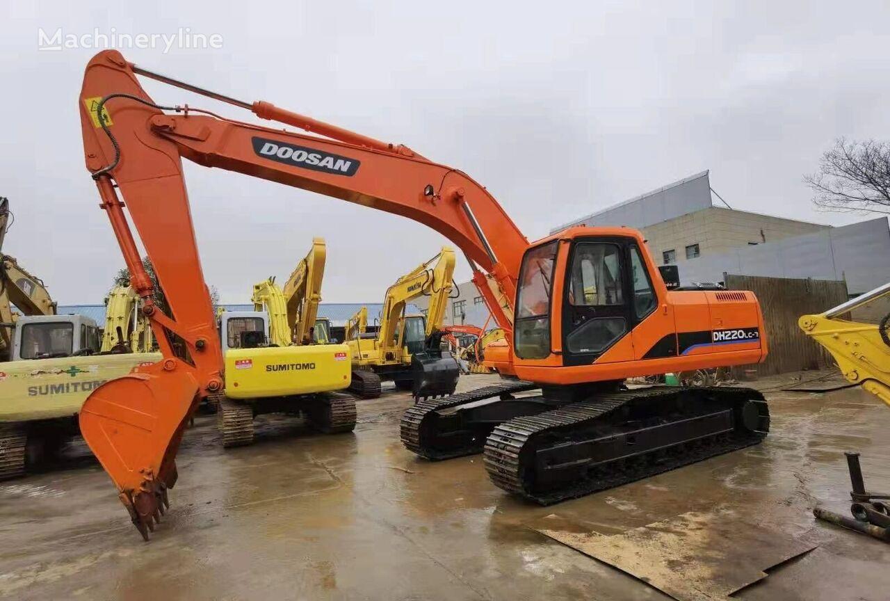DOOSAN DH220 tracked excavator