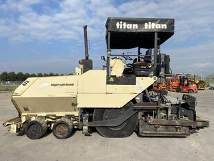 ABG Titan 473-2 wheel asphalt paver