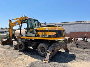 JCB JS 200 wheel excavator