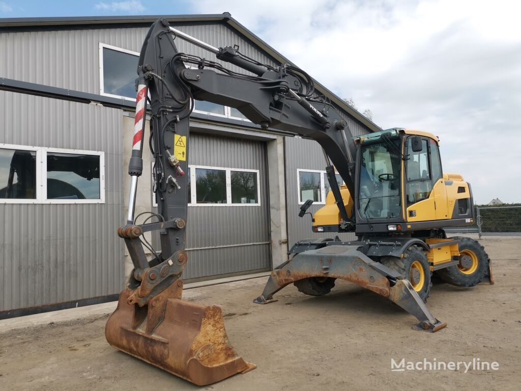 VOLVO  EW160D,3x löffel wheel excavator