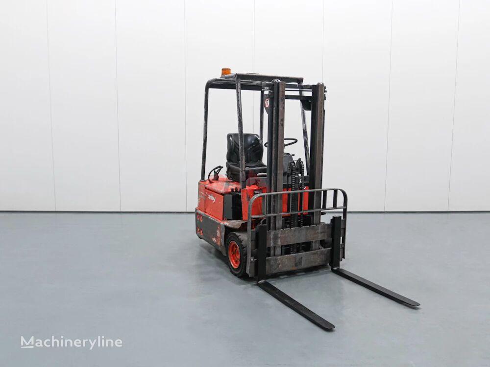 LINDE E12 three-wheel forklift