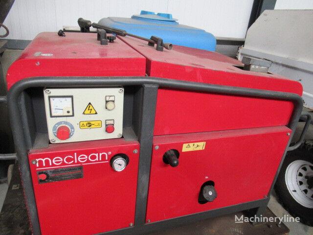 Meclean 15/200 IP Stoomcleaner v.v. Honda scrubber dryer