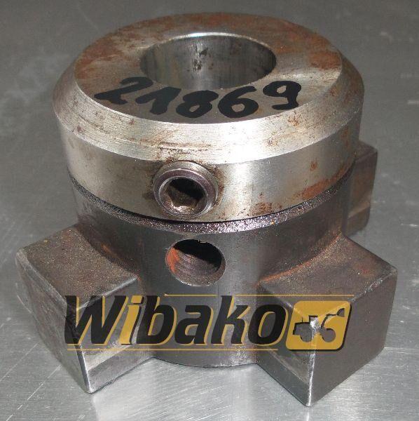 K-100 (9/20/95) clutch for excavator