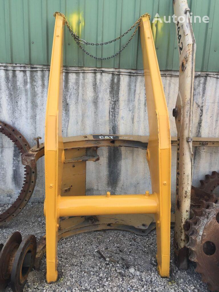 USED KOMATSU WB91 WB93 WB97 WB146 WB156 BACKHOE LOADER BOOM MAIN excavator boom for KOMATSU WB 91R-5 / WB 93R-5 / WB 93S-5 / WB 97R-5 / WB 97S-5 / WB 146-5 / WB 146PS-5 / WB 156-5 / WB 156PS-5 backhoe loader