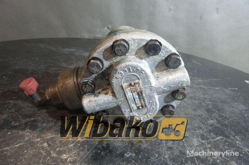 Jihostroj ZBC12-L2 (8711-419) hydraulic pump for excavator