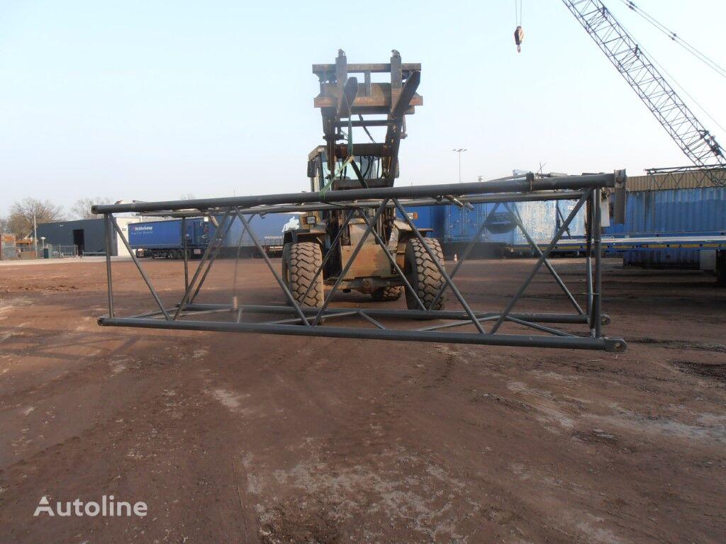 mast section for SENNEBOGEN S 680 R crawler crane