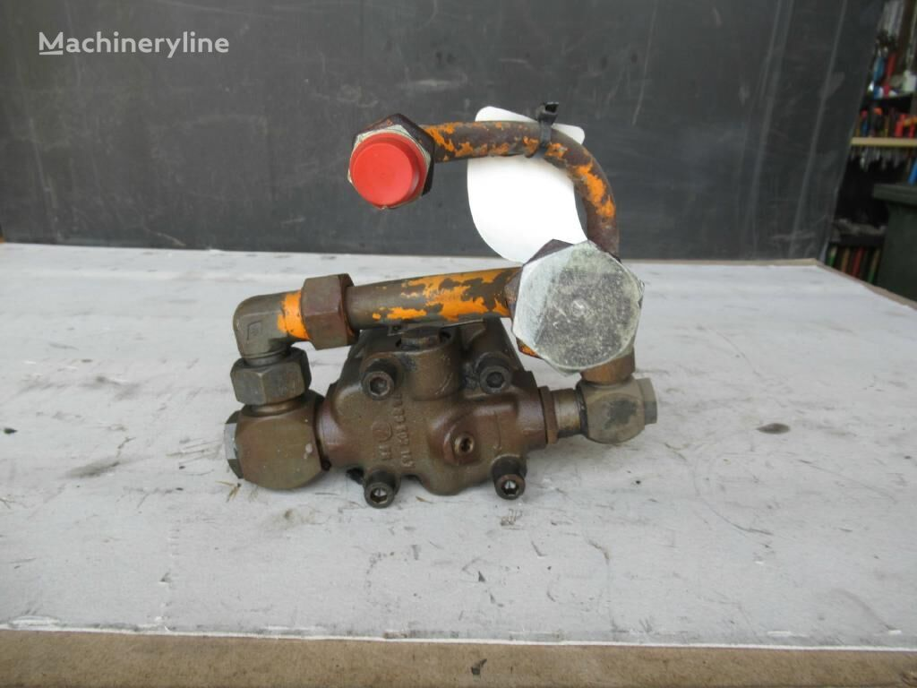 ZF 7633955135 oil pump for excavator