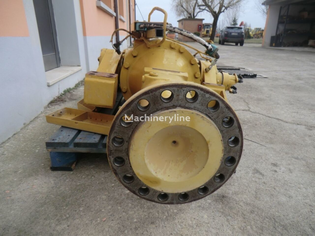 REAR axle complete with brakes, limited slip differential, bevel rear axle for CATERPILLAR 928G  wheel loader